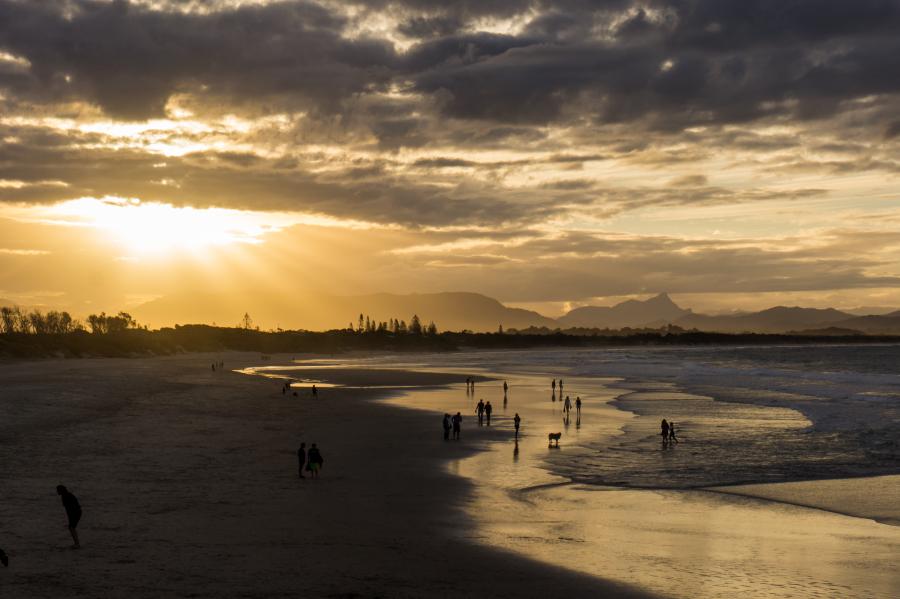Free Photos: People walking on the beach at sunset | Nature | Ry Van Veluwen