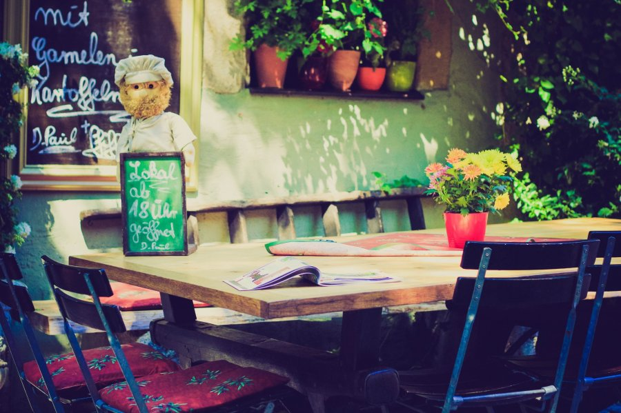 Free Photos: Outdoor bistro table | Food | Linh Nguyen