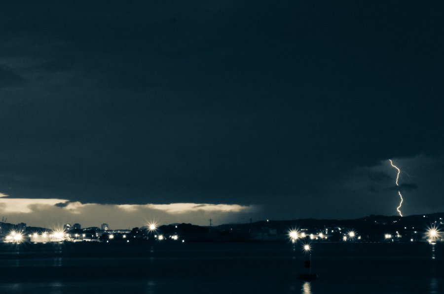 Free Photos: Lightning storm by night | Art | Guillaume