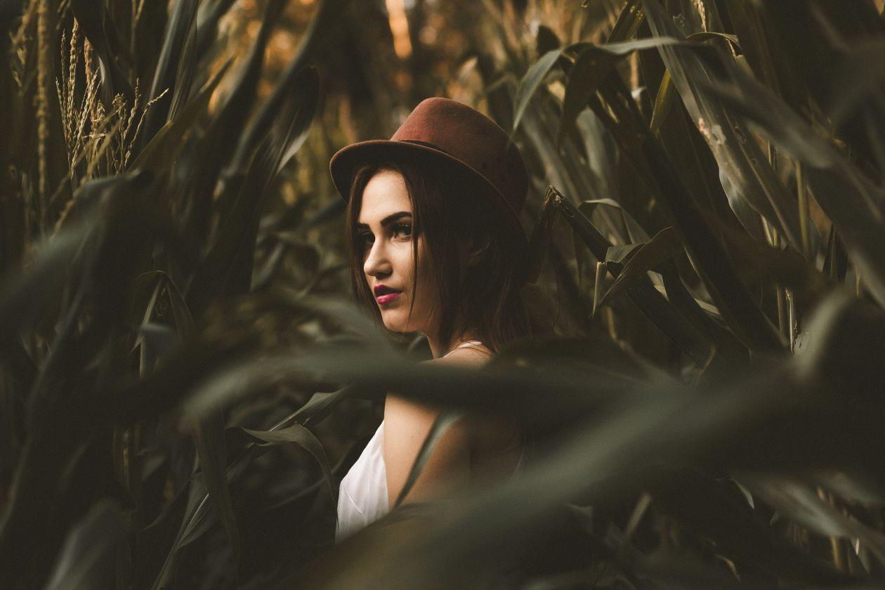 Free Photos: Woman | Allef Vinicius