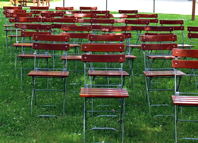 Free seating chairs metal chairs seats outside catering