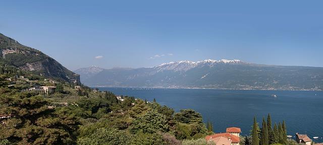 Free garda see italy panorama mountains landscape