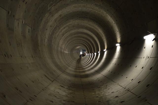 Free tunnel dig deep depth amsterdam north-south line