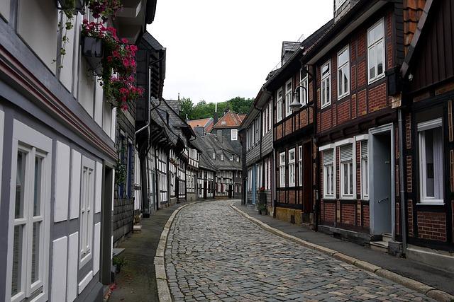 Free goslar resin road fachwerkhaus germany old town