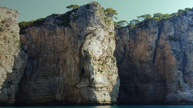 Free montagna spaccara cliff sea blue