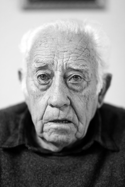 Free                face portrait elder old wrinkles black and white