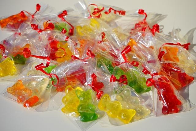 Free gummi bears packed sachets mitbringsel cellophane