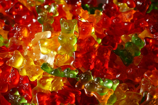 Free gummi bears fruit gums bear sweetness colorful