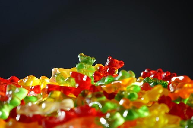 Free bear green red gummi bears fruit gums sweetness