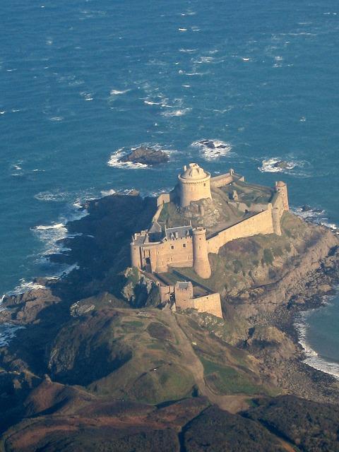 Free fort lath cap fréhel brittany sea fortress