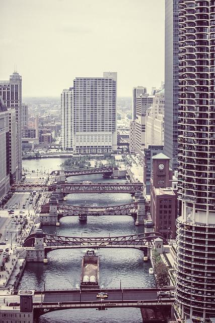 Free wacker drive chicago downtown bridges river town