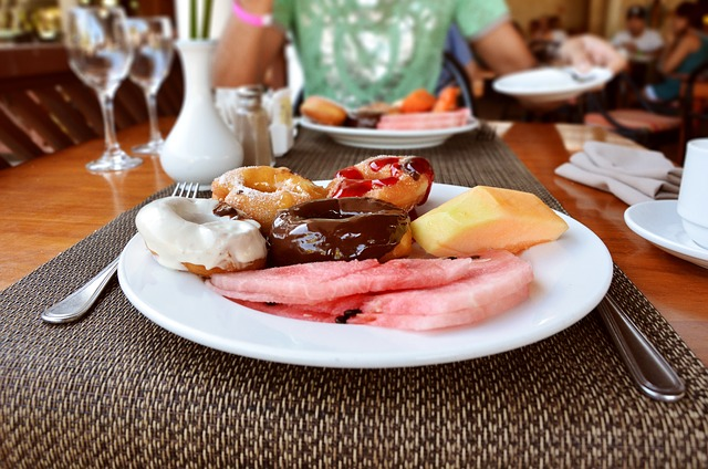 Free dominican republic donat chocolate breakfast plate
