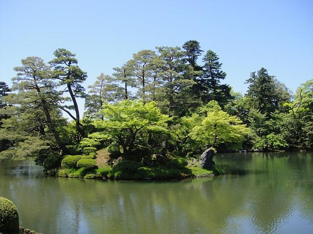 Free kenrokuen park jin ze japan northern continental