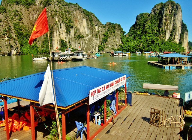 Free halong bay vietnam water mountains boats scenic