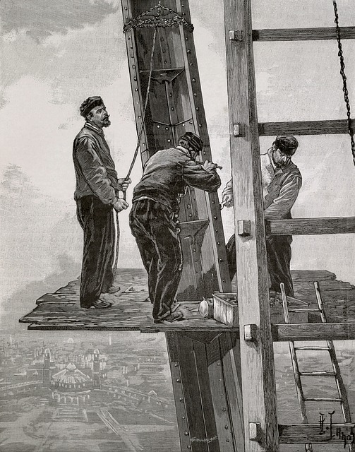 Free eiffel tower construction workers engineers france