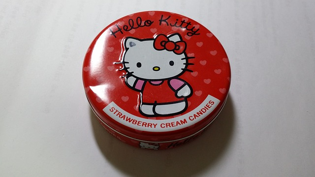 Free candy tin case hello kitty