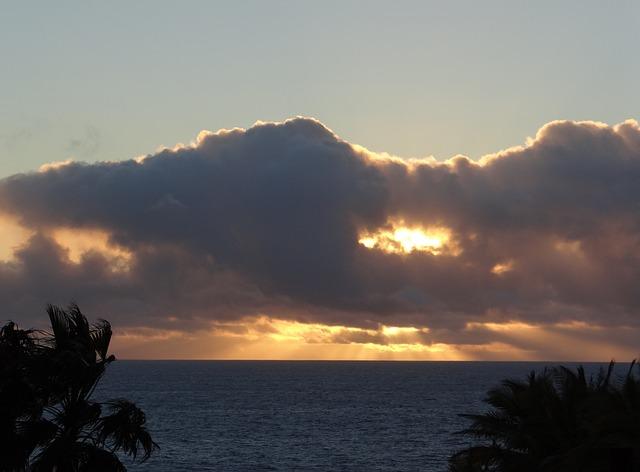 Free Photos: Sunset sea dusk afterglow wolkenverdeckt | Corinna Schenk