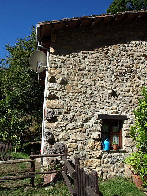 Free rural house farmhouse door rustic old wood