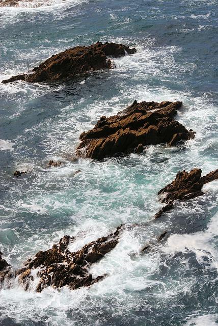 Free rocks sea crashing waves tide low tide high tide