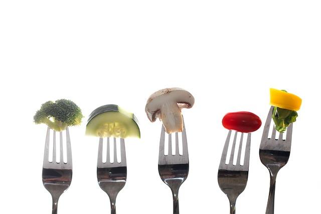 Free vegetables broccoli cucumber mushroom tomato