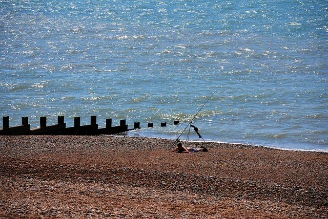 Free fisherman sea beach