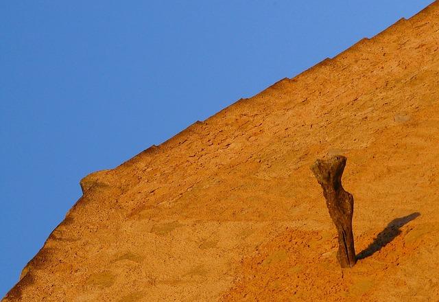Free sundial sun hispanic facade housewife hauswand