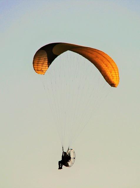Free motorized parafoil parachute canopy motor airborne