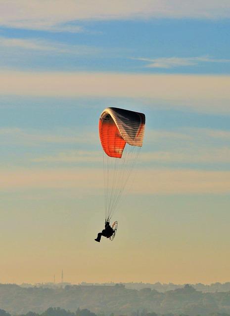 Free Photos: Motorized parafoil parachute canopy motor airborne | Lynn Greyling