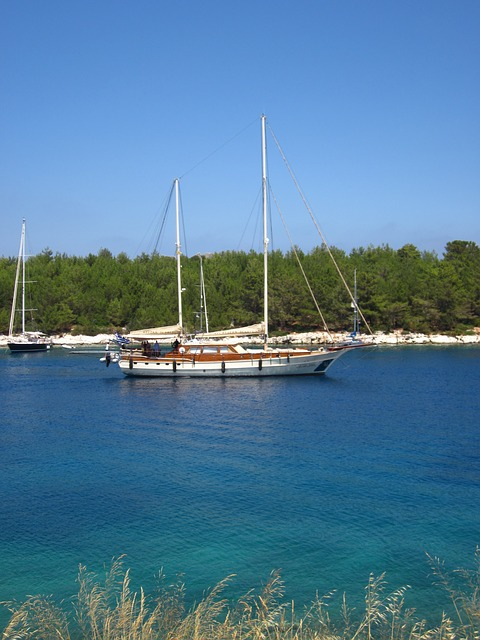 Free boat sailing colorful fiskardo water greece