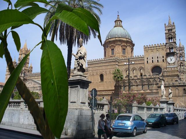 Free palermo piazza dome