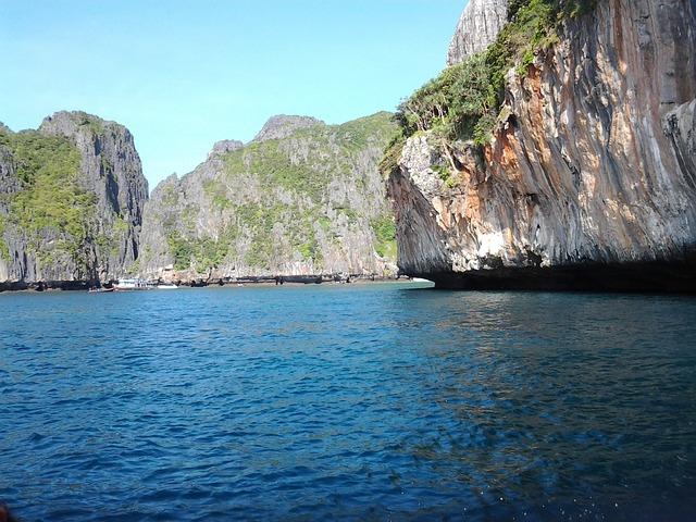 Free zaliv sea rock blue