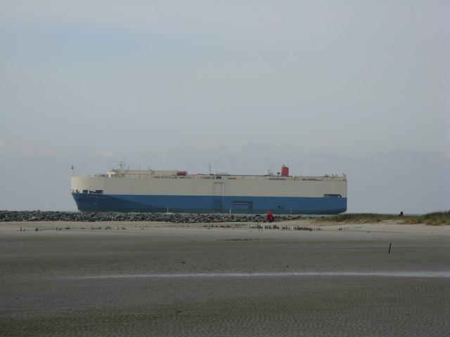 Free borkum freighter beach