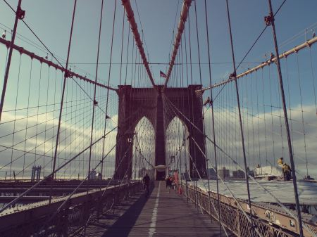 Free People on a bridge