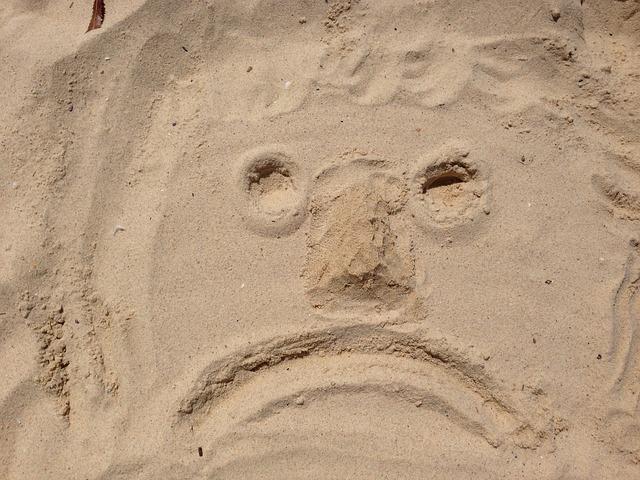 Free face sad bad mood beach smiley emoticon sand