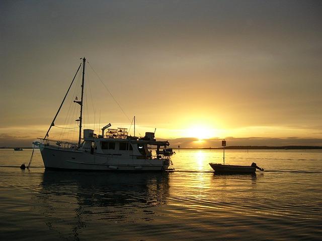 Free sunset boats gold coast broadwater sunset boating