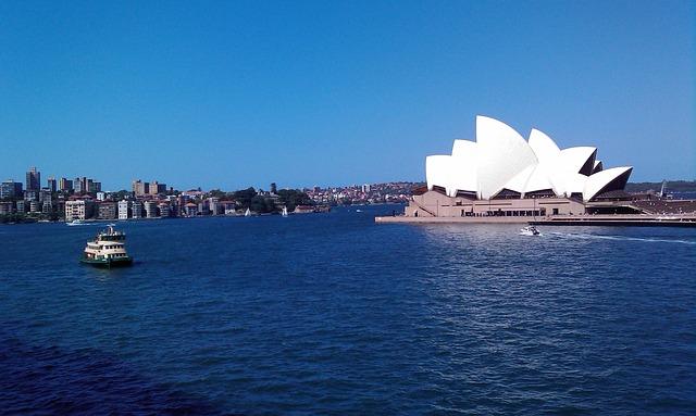 Free sydney opera harbor port boats