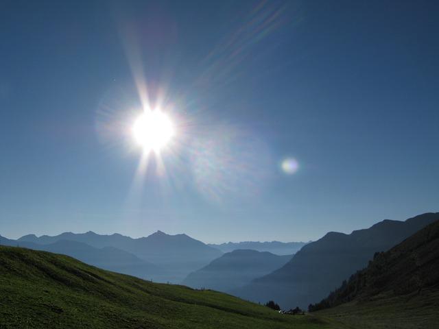 Free alpine mountains back light switzerland graubünden