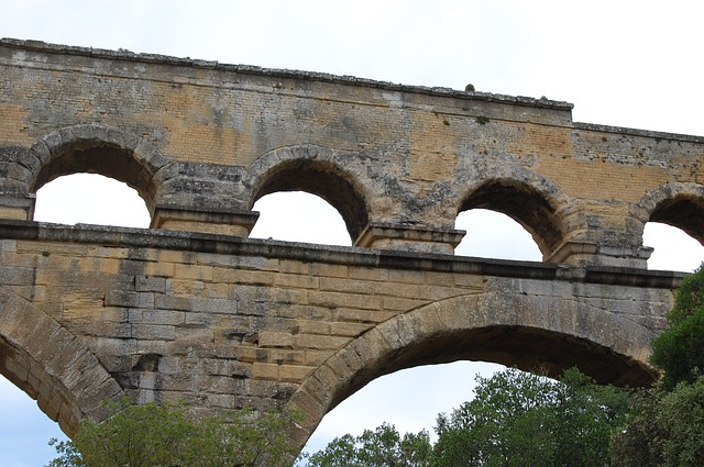 Free pont du gard romans antique archaeology aqueduct
