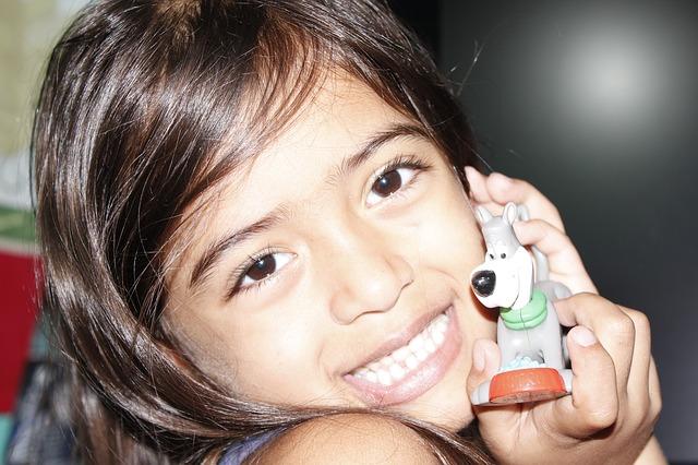 Free smile toy joy of child