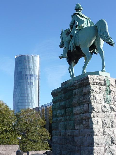 Free cologne deutz triangle equestrian statue