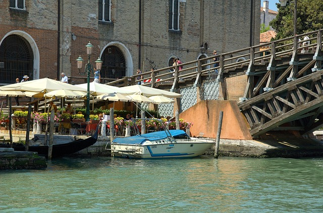 Free venice italy canal water boats buildings