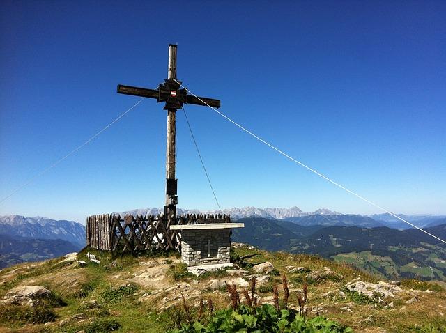 Free mountain summit cross sunday kogel hike tour