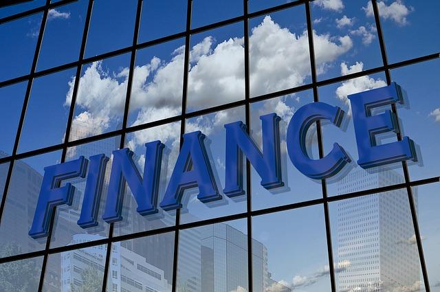 Free finance facade mirroring building home advertising