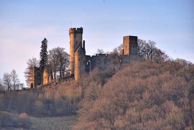 Free wolf park kasselburg pelm eifel castle