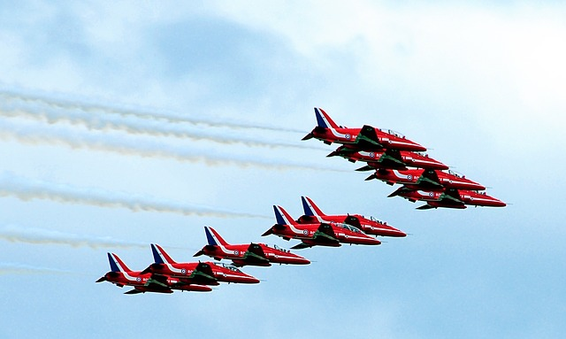 Free red arrows united kingdom farnborough air show