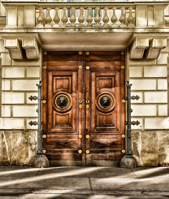 Free                vienna austria building door architecture wood