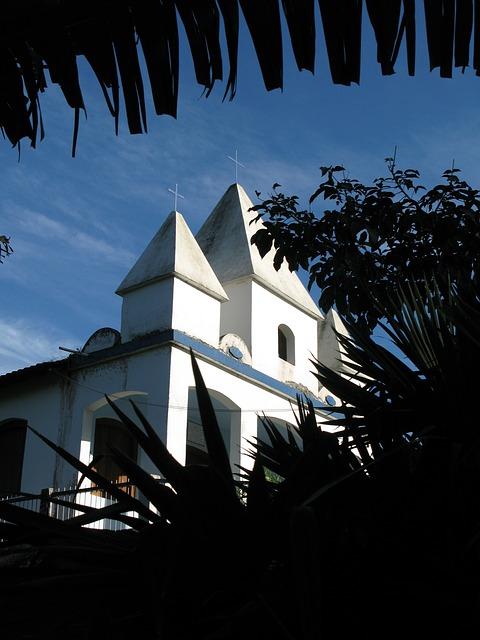 Free Photos: Church paraty brazil | cristinacavoto