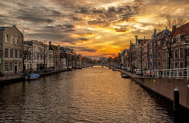 Free waterway channel holland homes sunset water river