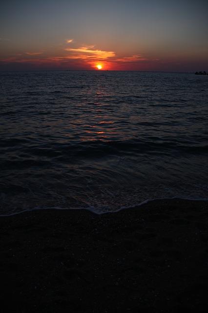Free sea glow twilight