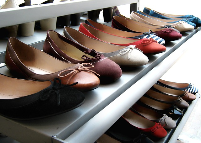Free shoes shelf display presentation rimen shoelace